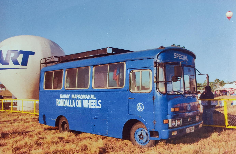 Rondalla On Wheels bus